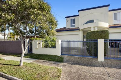 Modern 3 Bedroom Townhouse in the Heart of Miami