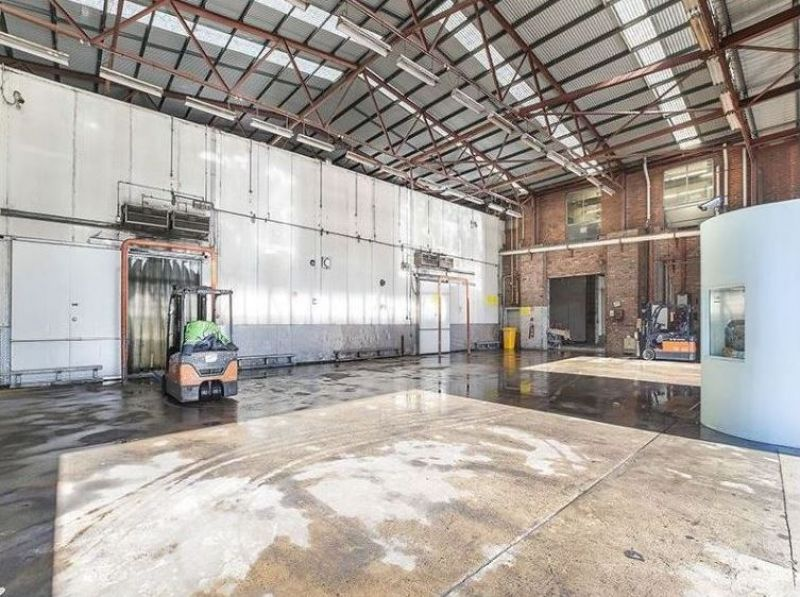 Industrial Warehouse 2787m2 High Clearance