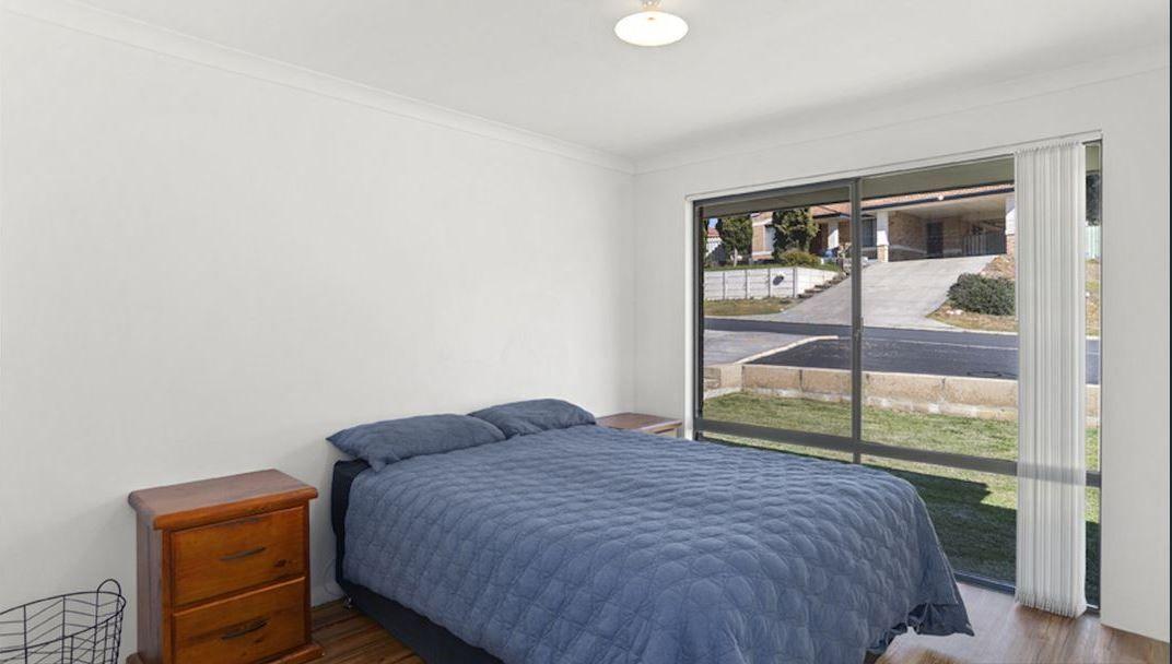 11 Christchurch Place, College Grove