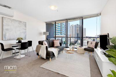 Parkside Perfection Showcases Picturesque Port Phillip Bay Views