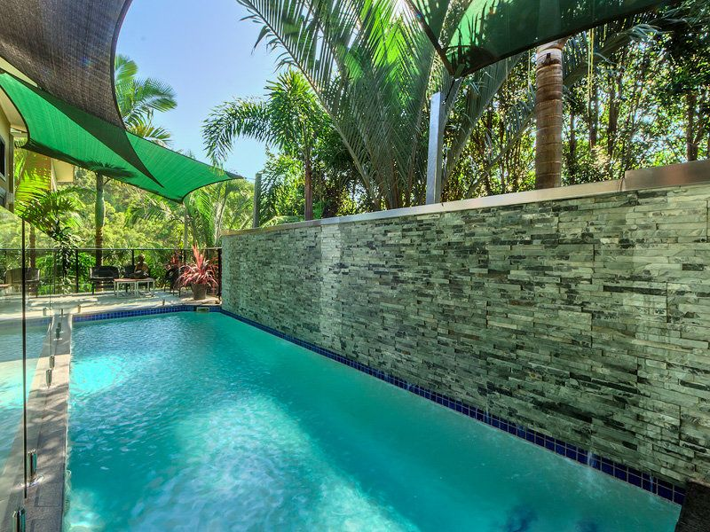 PRIVATE AND STYLISH TROPICAL LIVING