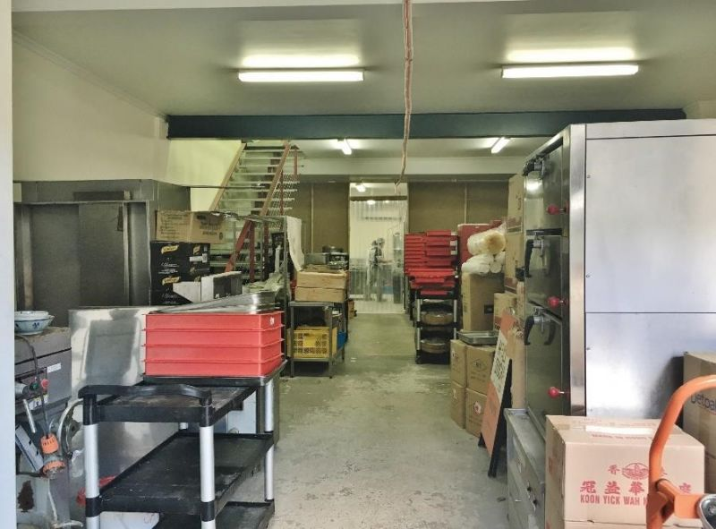 Commercial Warehouse For Lease