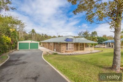 10 Mountainview Place, Glass House Mountains