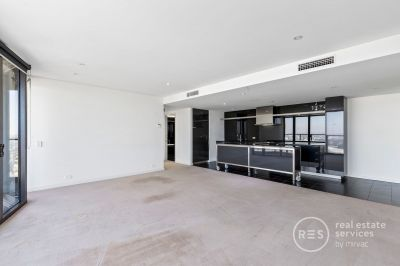 Generous sized Apartment with 2 Side by Side carparks!