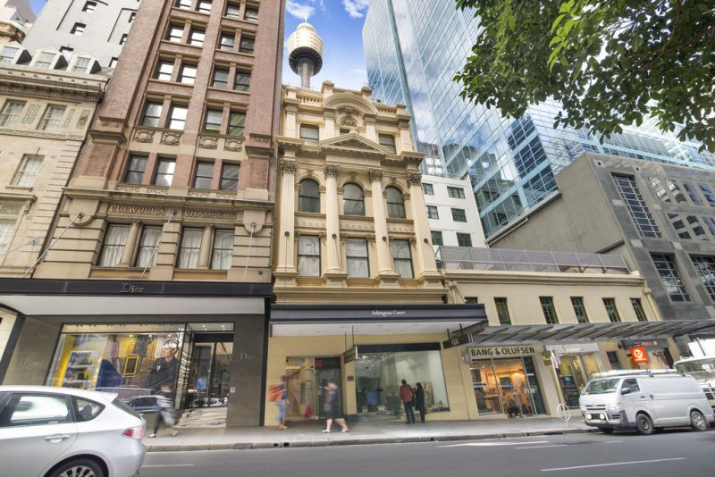 SMALL SUITE IN THE HEART OF THE CBD