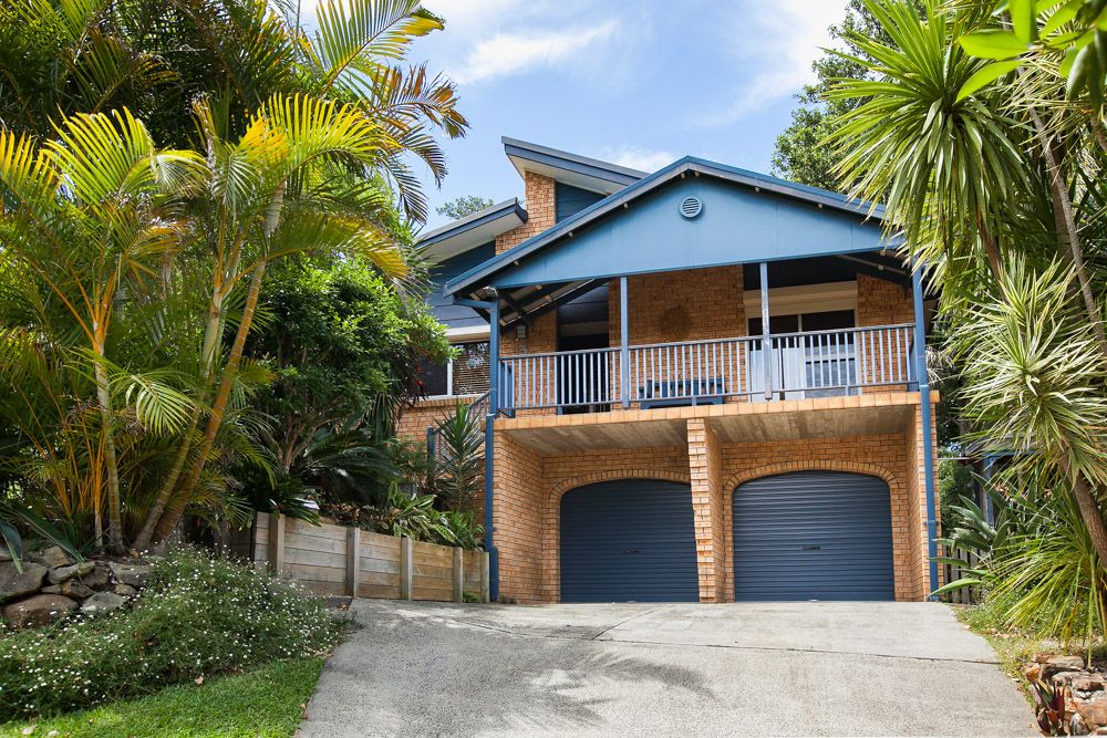 3 Hazel Crescent, Thirroul NSW 2515