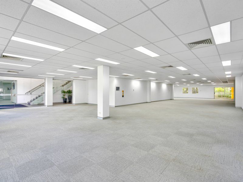 161-584sqm Ground Floor With Up To 22 Car Spaces