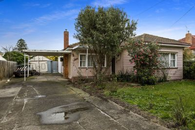 Renovator's Delight On 712M2 Allotment (approx)