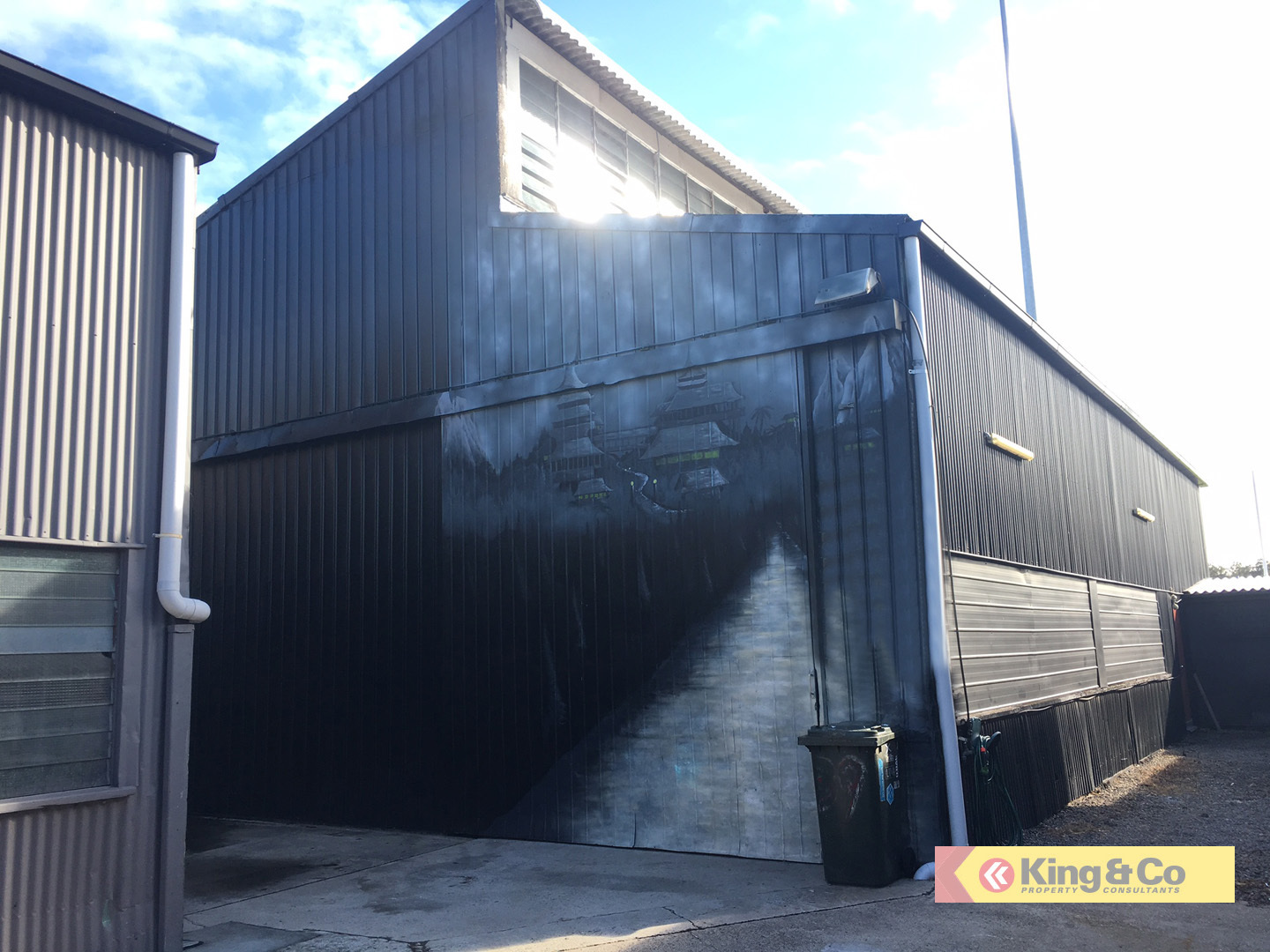METAL CLAD WAREHOUSE WITH SMALL OFFICE