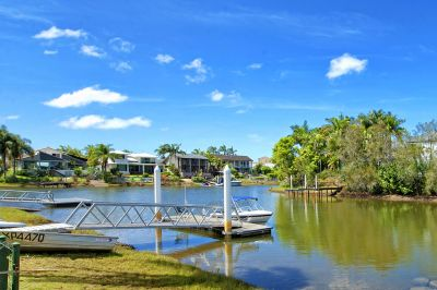32 Metre Water Frontage  Property - 150 Metres From Main River!!