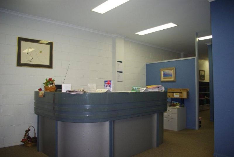 Freehold offices for sale