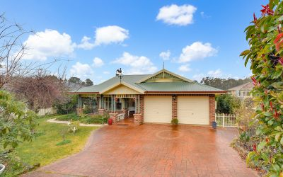 242 Blaxland Road Wentworth Falls 2782