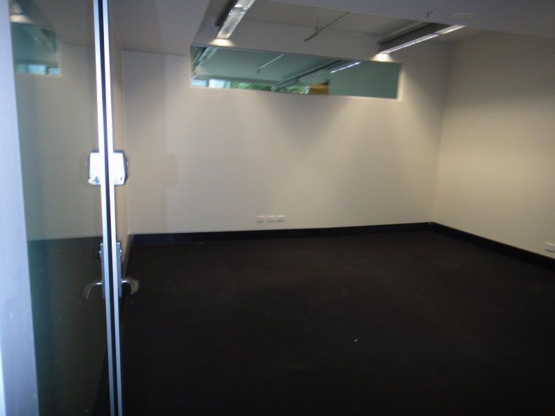 Great vaule space in Lifestyle Working Brookvale