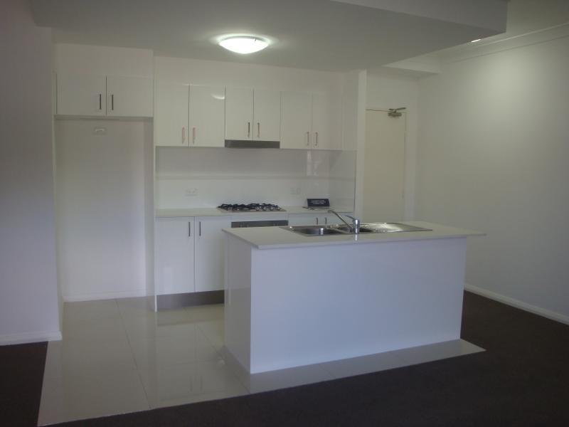 BRAND NEW 2 BEDROOM APARTMENT + COURTYARD