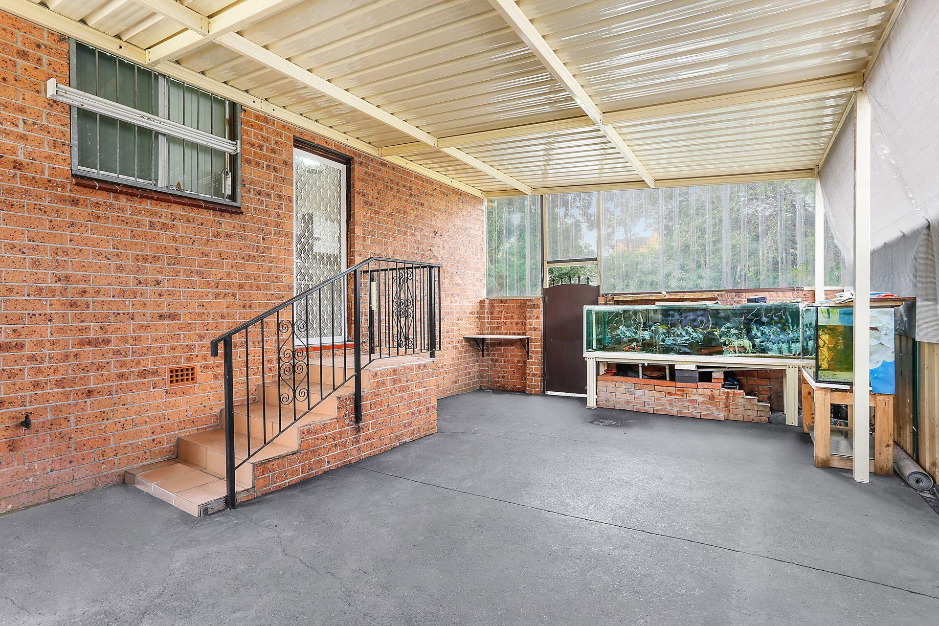 1/120 Rookwood Road, Yagoona NSW 2199
