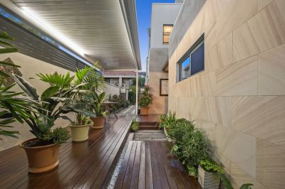 Flawless Inner-City Home  Inspect to Appreciate the Quality