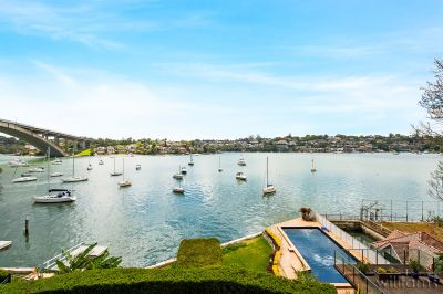 SPARKLING WATERVIEWS -  BEAUTIFULLY APPOINTED