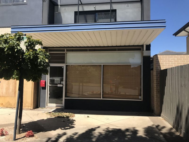 Boutique Retail/Office Space in Excellent Location!