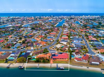 Redevelopment Opportunity 3-5 Canberra Court, Mermaid Waters