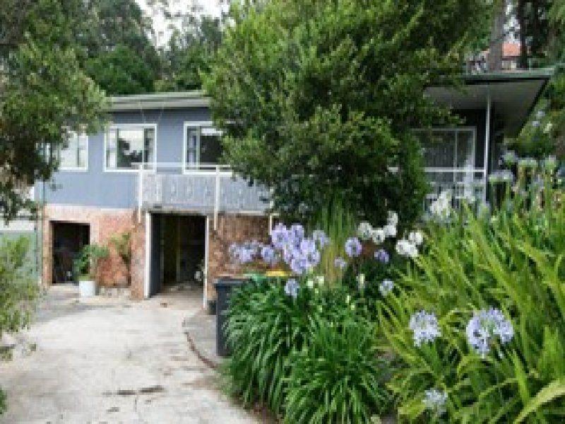 6 Mountain Avenue, Woonona NSW