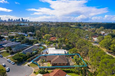 Mermaid Waters Family Home - Opportunity Not To Be Missed!