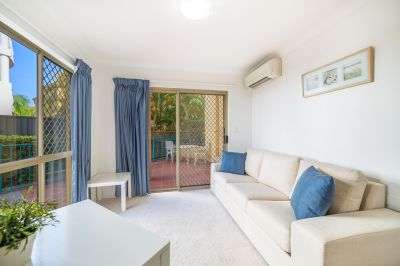 ONE WEEKS FREE RENT! Private Ground Floor Unit