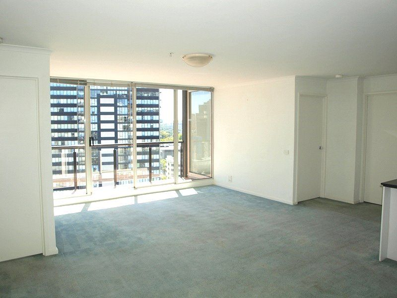 Southbank Condos: 19th Floor - Don't Miss Out!