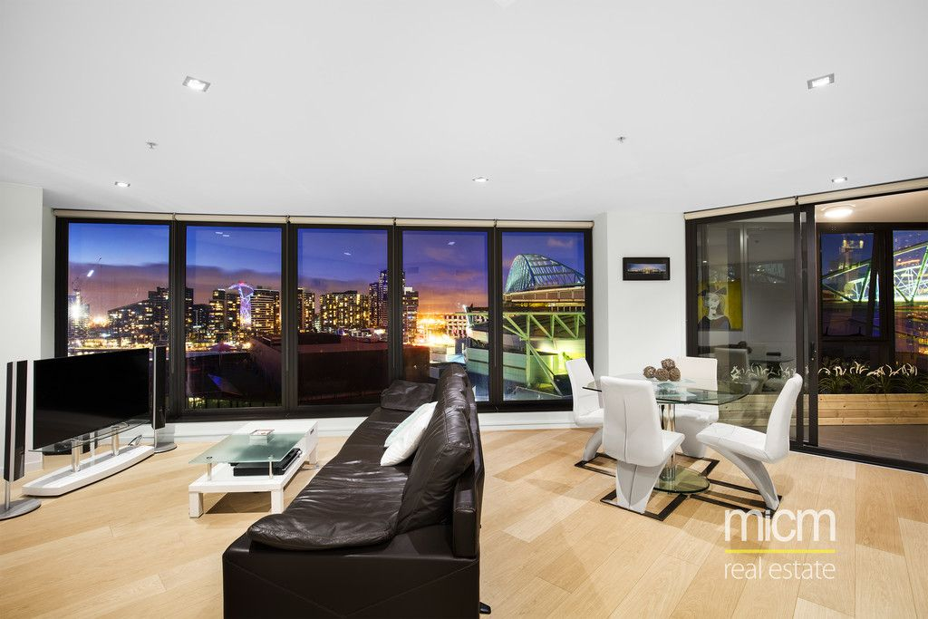 Stunning Space and a Sleek Renovated Edge!