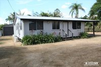 TIMBER HOME - 4 BED - SHED