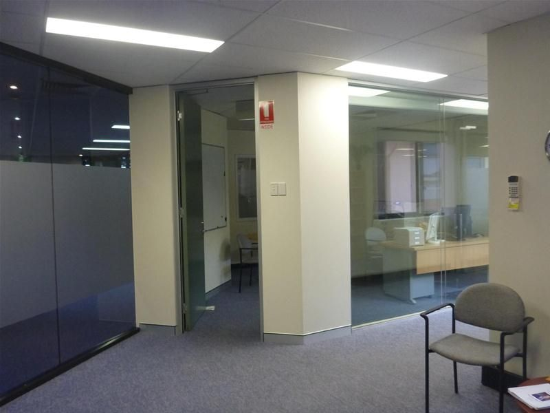 SECURE OFFICE IN PROFESSIONAL CENTRE
