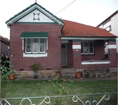 2 Bedroom Home close to shops, schools and transport