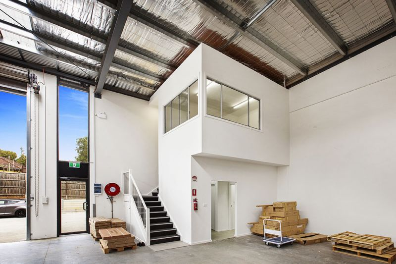 Brand New Warehouse   Must Be Leased