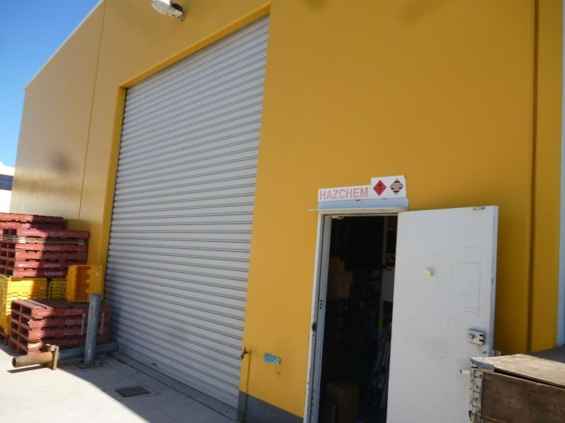 High Profile Caloundra Road Showroom/Warehouse - Available April