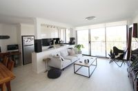STUNNING MODERN 2 BEDROOM APARTMENT IN THE HEART OF BONDI!