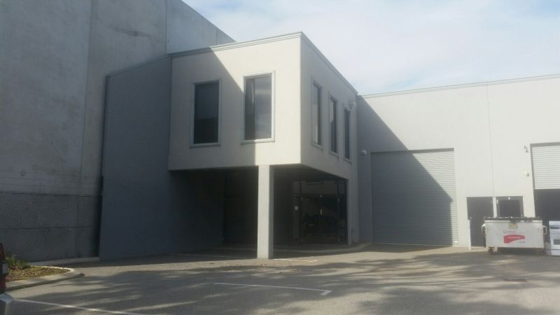 OFFICE / WAREHOUSE STREET FRONT UNIT - CURRENTLY LEASED