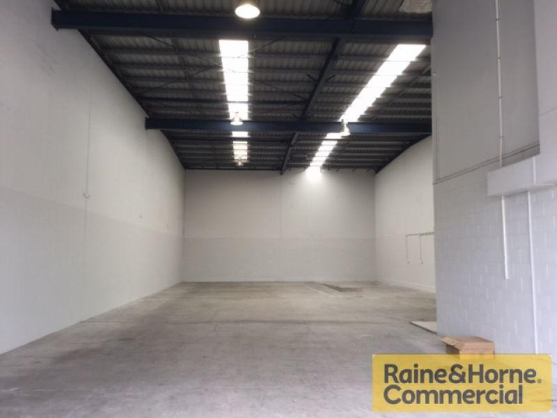 Practical & Efficient Warehouse