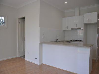 2 Bedroom Granny Flat at Quiet Location!