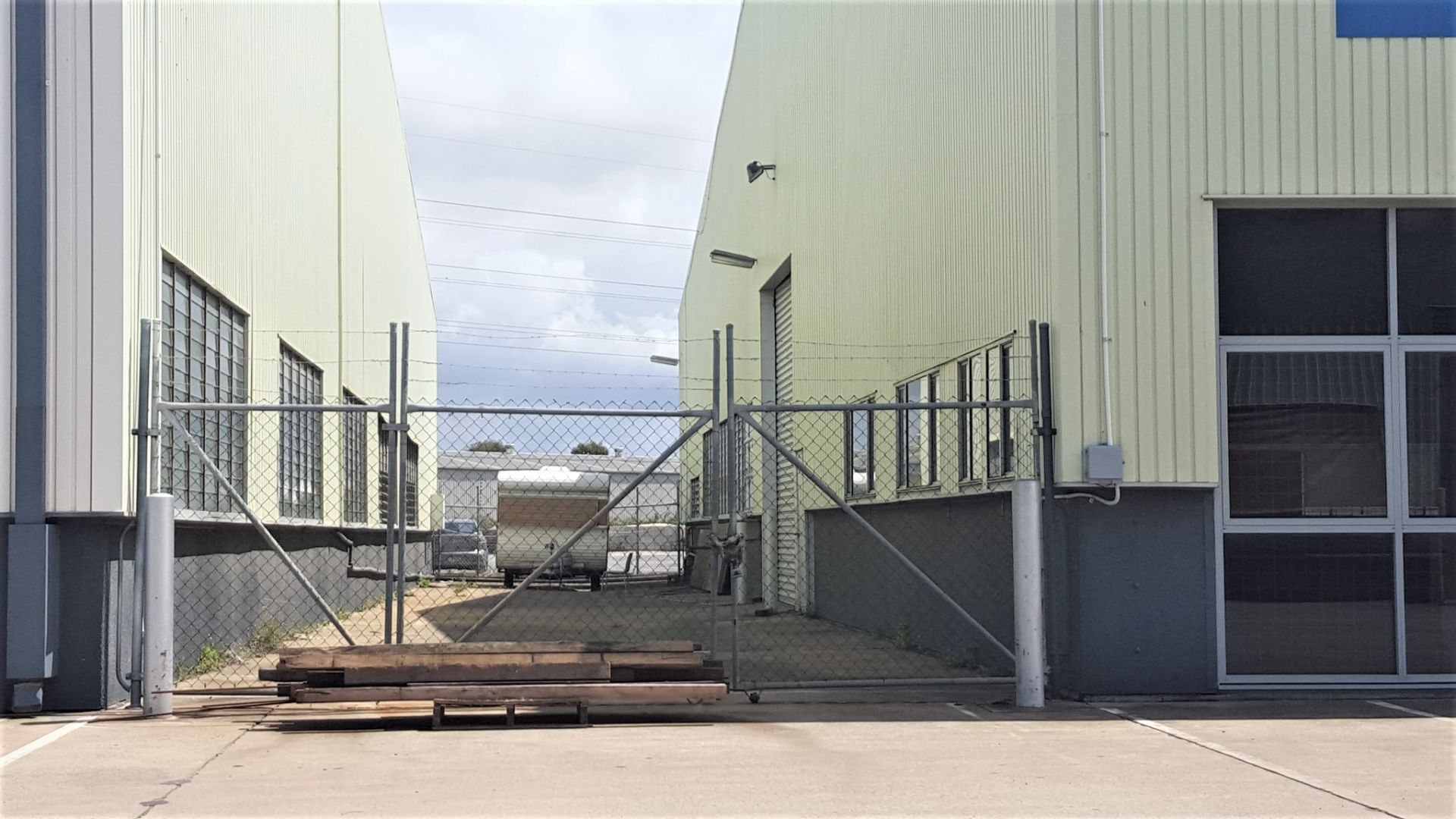 Gateway Warehouse with Yard