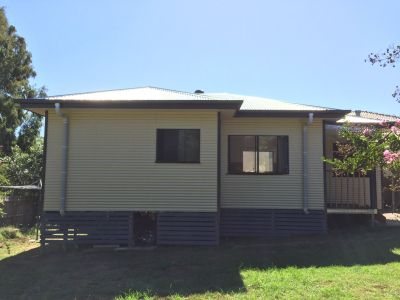 Conveniently Located Free Standing  2 Bedroom + Study/3rd Bedroom Home