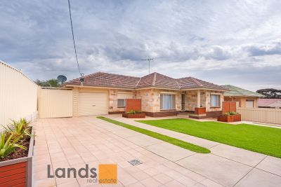 Stunning Triple Fronted Residence with Self Contained Granny Flat