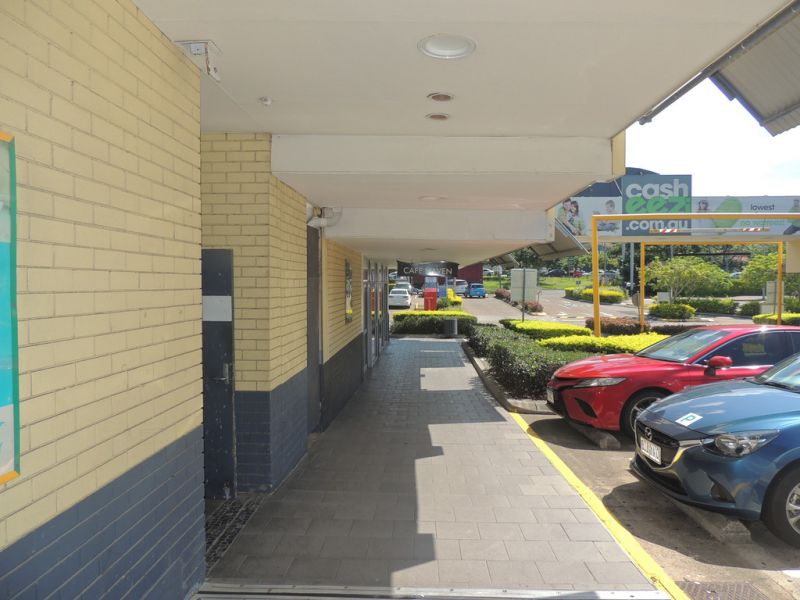 Prominently Positioned Shopping Centre With Great Exposure!