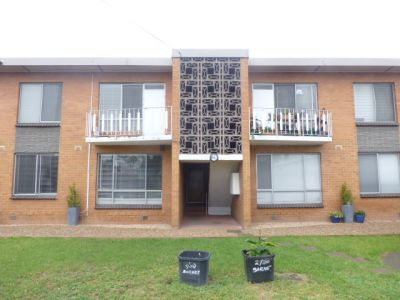 2 Bedroom Unit In The Heart of Yarraville