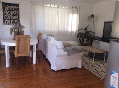 2 Bedroom Duplex Close To Nobbys Beach - $430