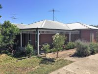 Family Home In Drysdale