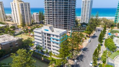 Beachside Apartment with ocean views in Prime Location!