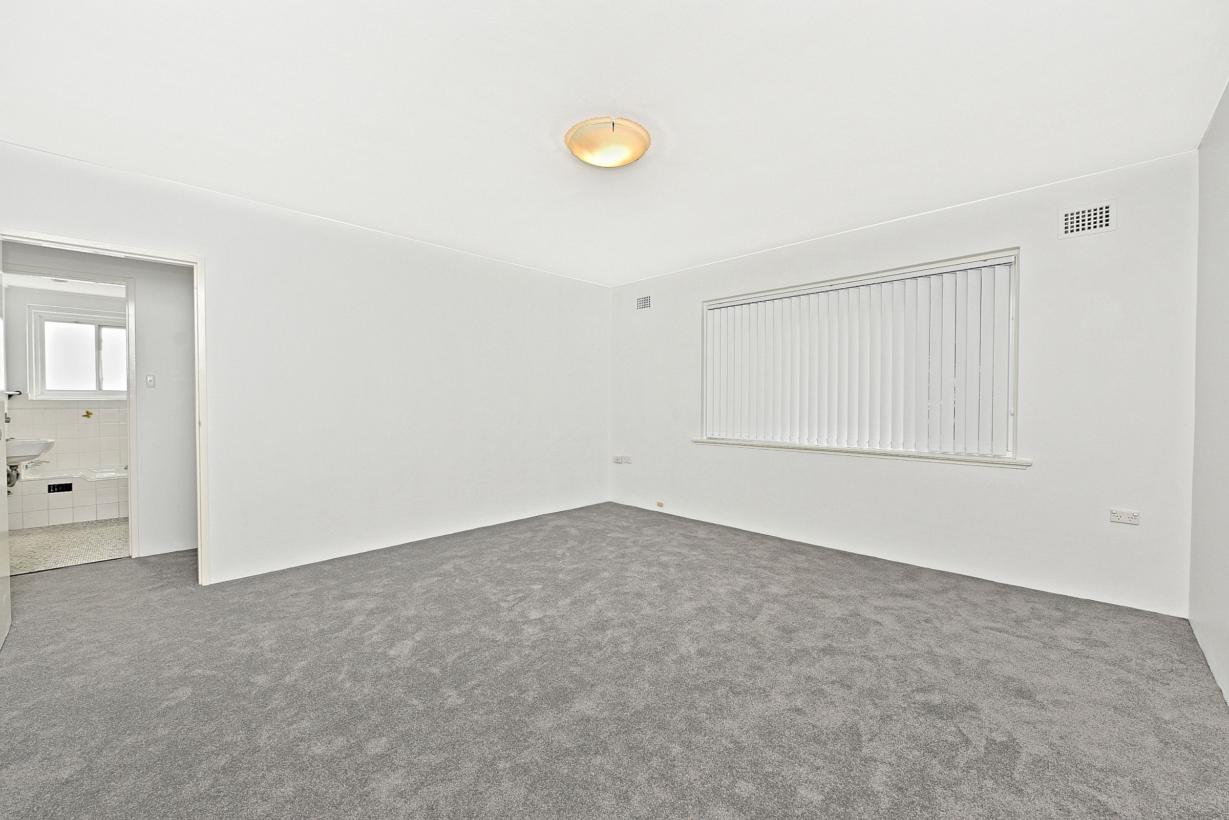 1/5 Unsted Crescent Hillsdale 2036