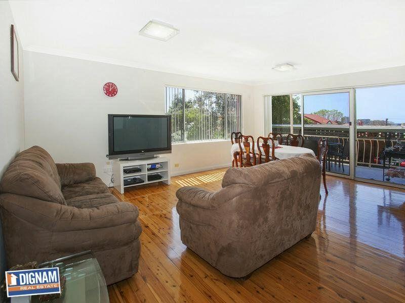 2/33 Auburn Street, Wollongong NSW