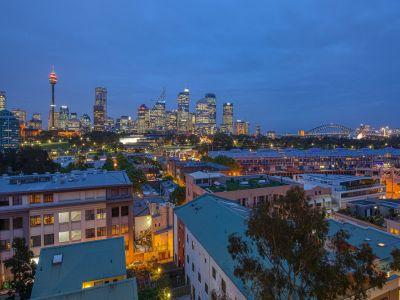 Innovatively customised urban sanctuary with city and Bridge backdrop
