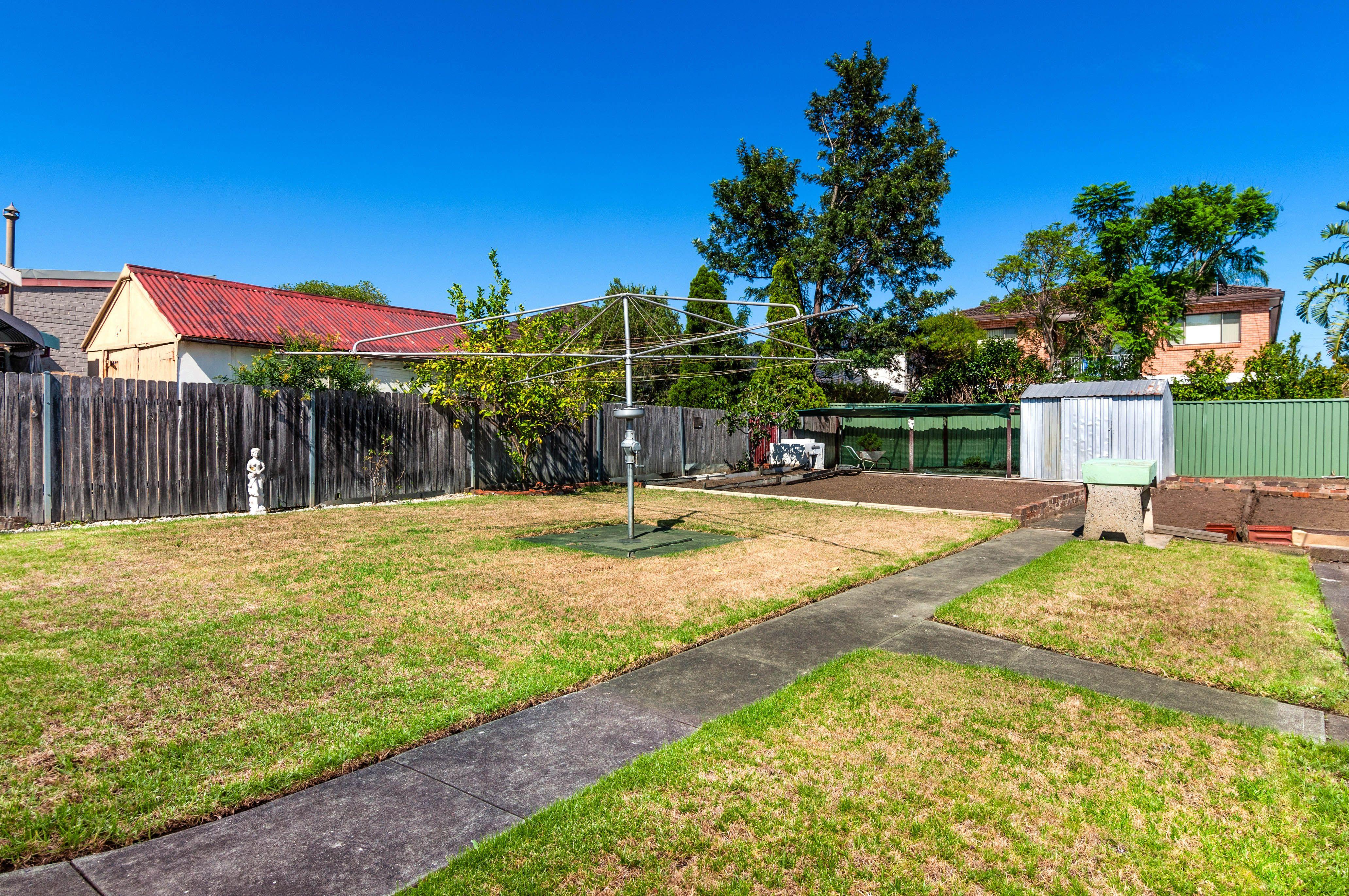 27 Lennartz Street, Croydon Park NSW 2133