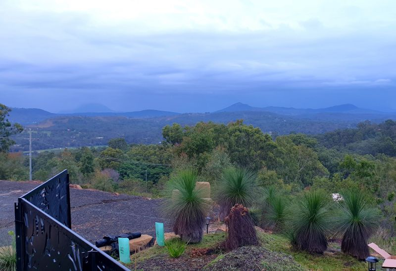 For Sale By Owner: Kooralbyn, QLD 4285